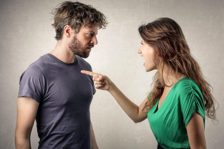 para kłócąca się, kłopoty w związku, kobieta, mężczyzna
